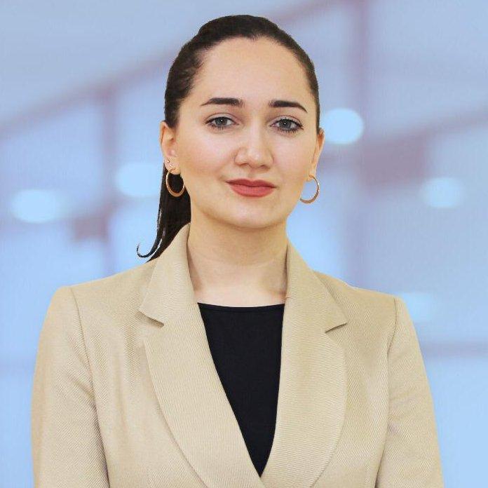 Nazxanım Qasımova İnfeksionist