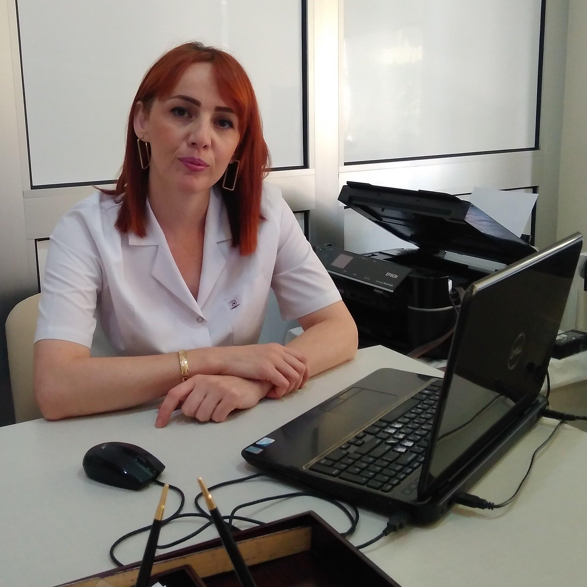 Nüşabə Qənbərova Terapevt Qastroenteroloq
