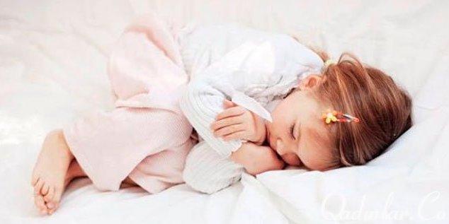 Uşaqlarda düz bağırsağın sallanmasının səbəbləri